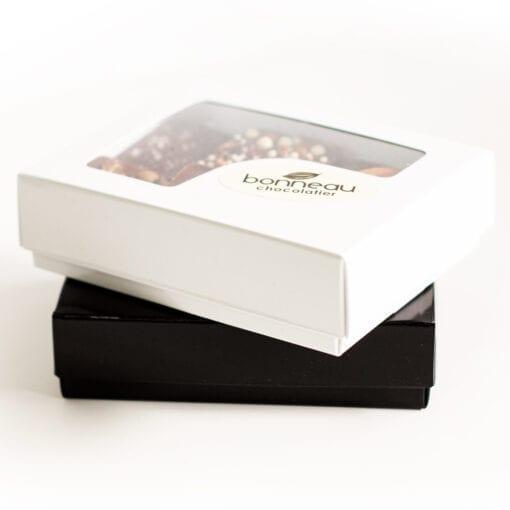 Boite de chocolats fins par la chocolaterie Bonneau